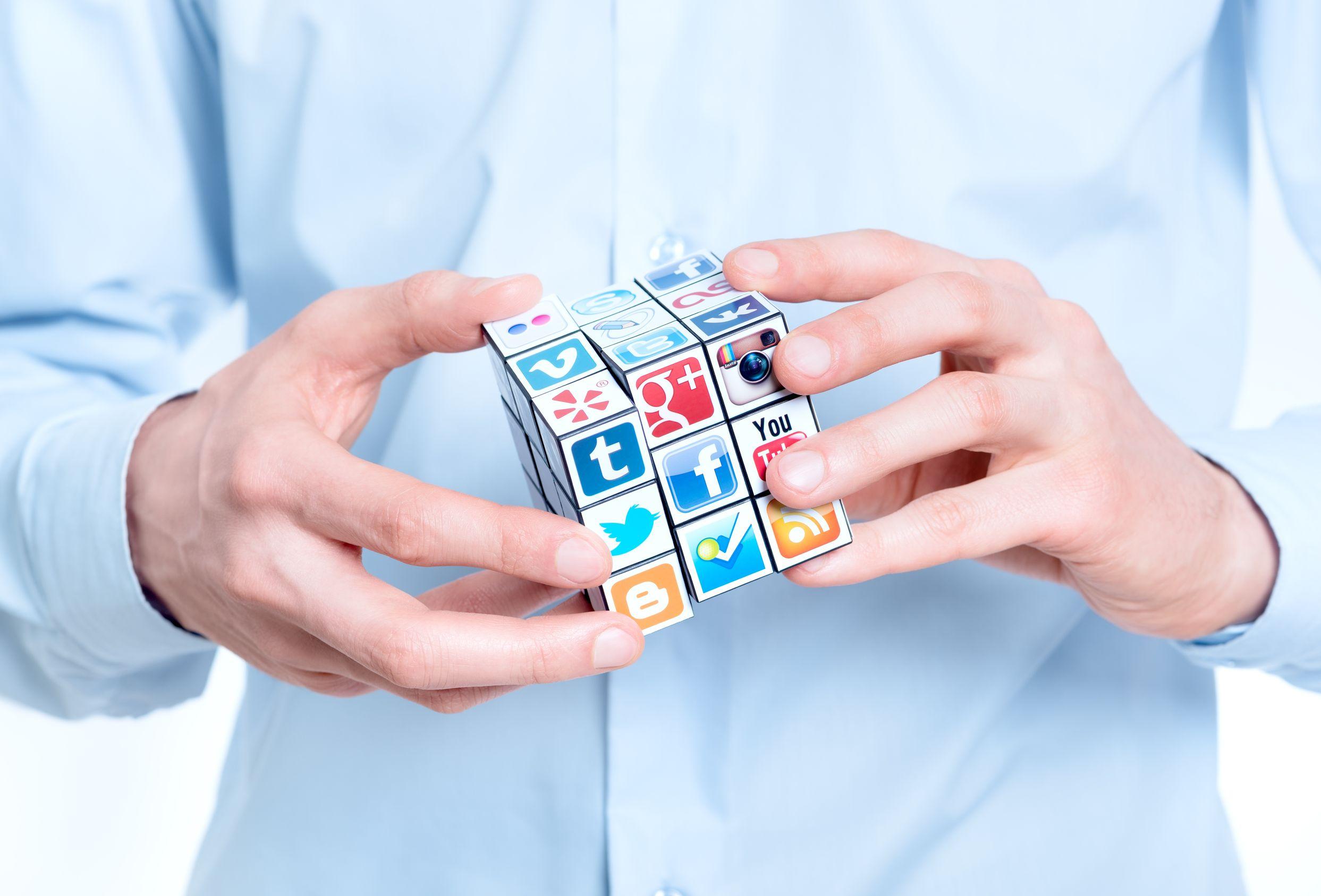 socialblade helps in youtube analysis